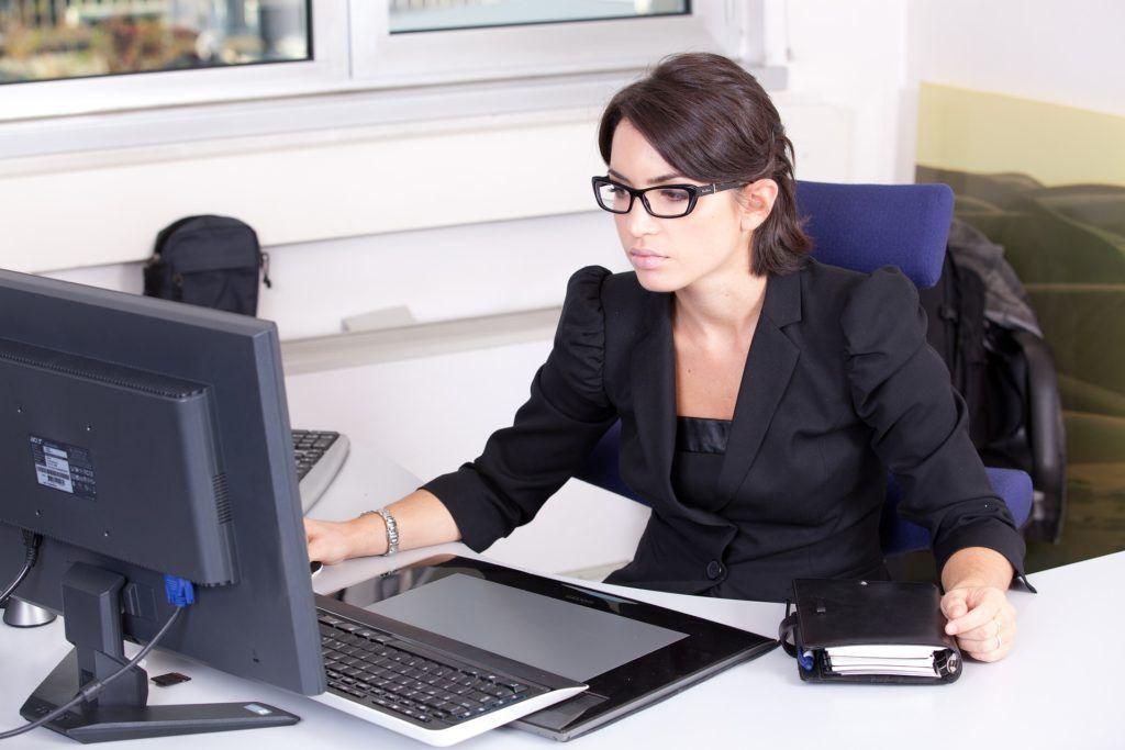 Mujeres profesionales solas
